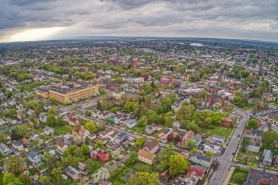 A view Utica looking torwards New Hartford where the office of {comapny_name} is located.